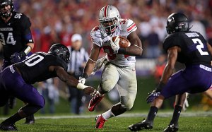 Ohio State running back Carlos Hyde had 3 touchdowns against Northwestern.