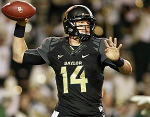 Baylor QB Bryce Petty led his team to their eight consecutive win.