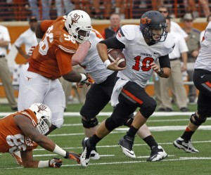 Oklahoma State QB Clint Chelf rushed for 95 yards, passed for 197 yards and and accounted for 4 TD's against Texas.