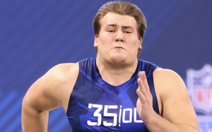 Ali Marpet made a name for himself at the 2015 NFL Combine. The tackle from Division 3 Hobart was the fastest offensive lineman, running a 4.98 40 yard dash.